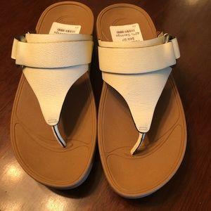 New fit flop sandals